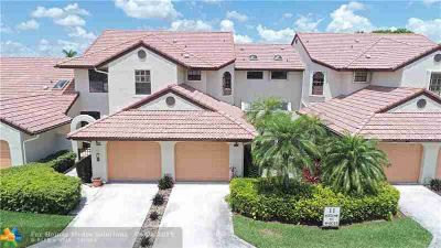 6011 Parkwalk Dr 1123 BOYNTON BEACH Three BR, This lovely top