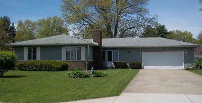 1804 Ironwood Street SW DEMOTTE, Welcome home to this super