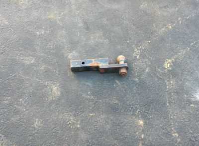 TRAILER HITCH WITH 2 ' BALL