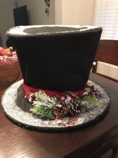 Hat tree topper NWT $7