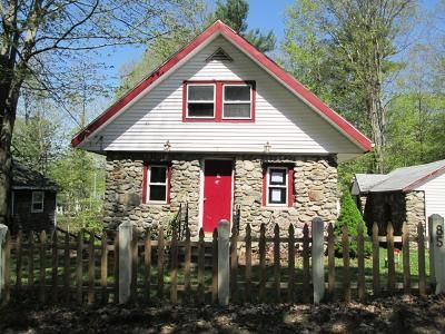 2 Bed 1 Bath Foreclosure Property in Charlton, MA 01507 - Lakeview Dr