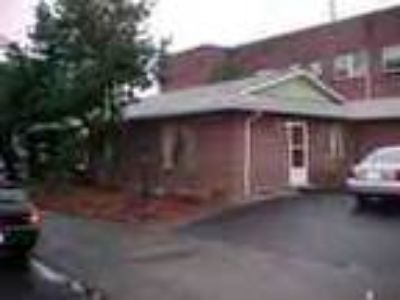 1bed1bath In Portland Pets Ok Water Paid Yard