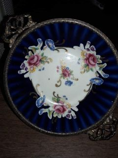 Gorgeous ANTIQUE Bavarian Wunsiedel Porcelaine Rose Bowl Good Condition CHEAP
