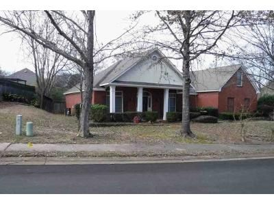 4 Bed 3 Bath Foreclosure Property in Madison, MS 39110 - Saint Charles Pl