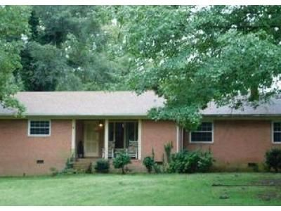 3 Bed 1 Bath Foreclosure Property in Thomasville, NC 27360 - Sullivan Rd
