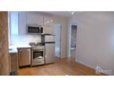 Great Share*Renovated Two BR*Ss Appl+Dishwasher+Expo Brick+Pics!