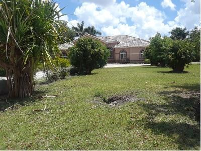 5 Bed 4 Bath Preforeclosure Property in Homestead, FL 33030 - SW 173rd Ct