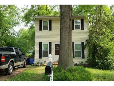 2 Bath Preforeclosure Property in Barnhart, MO 63012 - Burgess Dr