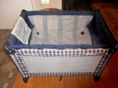 Graco Pack 'N Play Bassinet In Excellent Condition