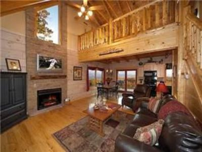 $104, Beautiful Gatlinburg Mountain Cabin  Together Forever