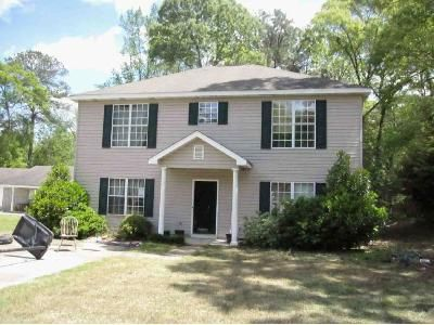 5 Bed 3 Bath Foreclosure Property in Millbrook, AL 36054 - Pineleaf Dr