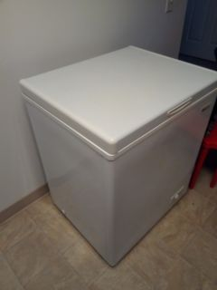 Dinning table, table center , refrigerator, other table