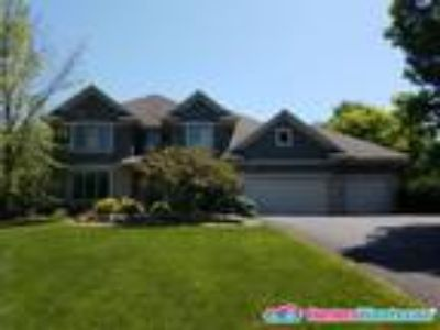 Beautiful Executive Home in Troy Burne