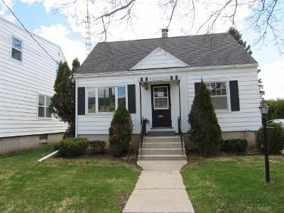 4 Bed 1 Bath Foreclosure Property in Two Rivers, WI 54241 - 19th St
