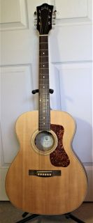 Guild Westerly Acoustic - Electric Guitar & Gig Bag