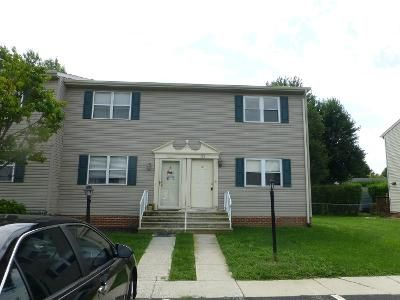 2 Bed 1.5 Bath Preforeclosure Property in Hanover, PA 17331 - Center St