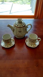 Decorative Tea-light and/or Votive Candle Tea Pot with 2 cups and saucers