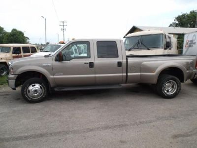 2005 Ford F-350 Lariat Super Duty ( 4 x 4 )