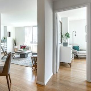 HUGE 4 bed apartment