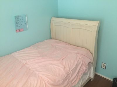 Girls Twin Ivory/Cream Sleigh Bed, Mattress, Box, Sheets, and Comforter