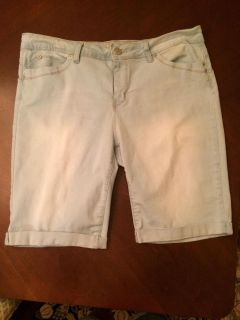 Faded soft jean shorts ladies size 14