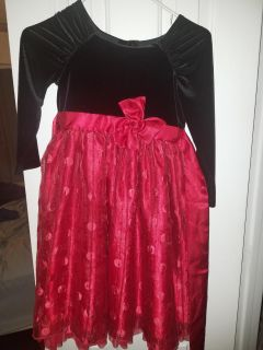 Girls res and black dress size 6