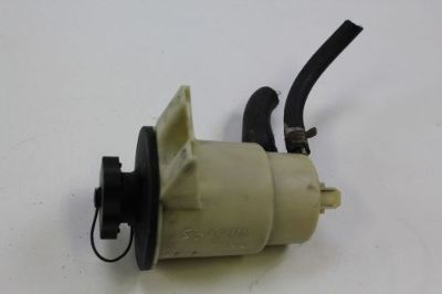 Find 2003 - 2011 LINCOLN TOWN CAR POWER STEERING PUMP FLUID RESERVOIR OEM motorcycle in Traverse City, Michigan, United States, for US $38.99