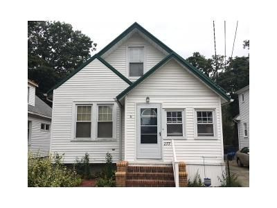 2 Bed 1 Bath Foreclosure Property in West Haven, CT 06516 - Peck Ave