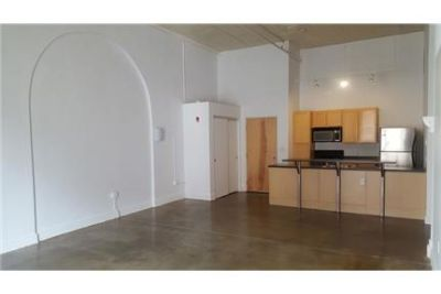Indianapolis - 2bd/2bth 1,415sqft Apartment for rent. Cat OK!
