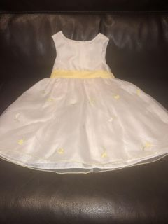 White 3T dress with yellow flowers