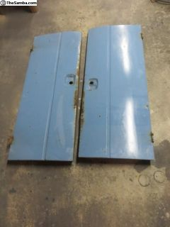 Single cab treasure box doors