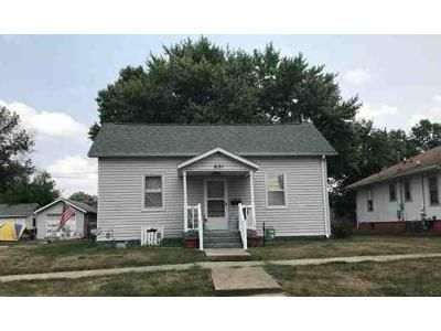 2 Bed 1 Bath Foreclosure Property in Centerville, IA 52544 - N Park Ave