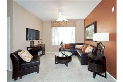 1 bedroom Apartment - Located in the heart of the Palm Desert.