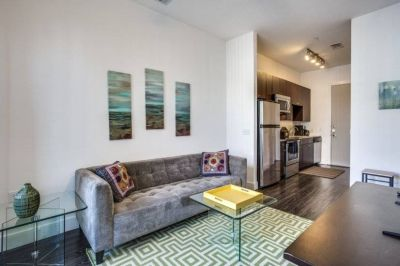 $2495 studio in Dallas