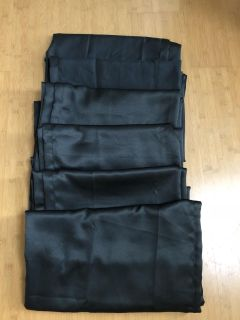 Set of 6 Black Out Curtain Panels 30 x 84 Like New!