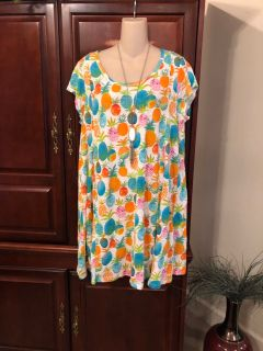 15.00 oversized large (XL can wear too) Crown & I y gorgeous dress with beautiful cut out back. Can be worn with leggings too.