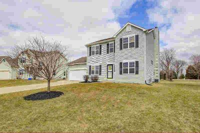 505 Revere WAY Watertown, Located on a quiet cul-de-sac