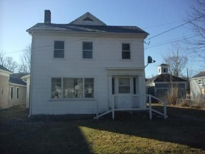 3 Bed 2 Bath Foreclosure Property in Salem, NY 12865 - S Main St