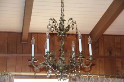 Ls - Chandelier and Globe Ceiling L