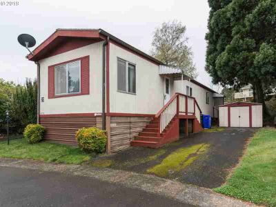 3200 SE Palmquist Rd #20 Gresham Two BR, Spacious home located