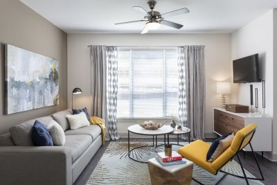$2,095, 1br, Talia Apartments