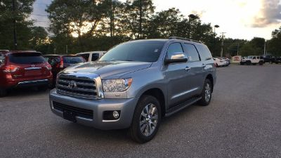 2017 Toyota Sequoia Limited (Silver)