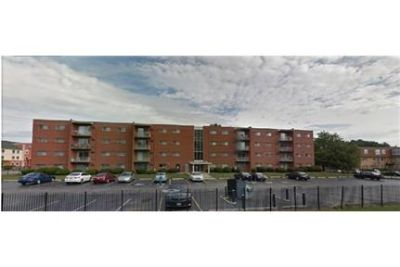 2 Bedroom 1 bath Apartment Available October 15th