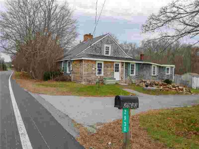 2930 Main Rd RD Tiverton Two BR, This adorable cottage built in