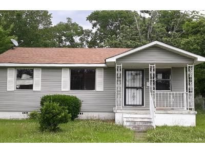 2 Bed 1 Bath Preforeclosure Property in Birmingham, AL 35211 - 28th St SW