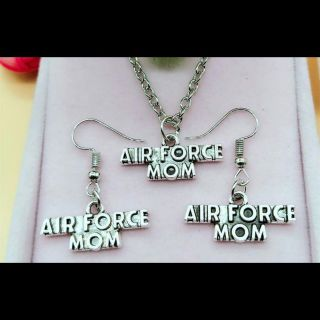 NEW AIR FORCE MOM PENDANT NECKLACE AND EARRING SET