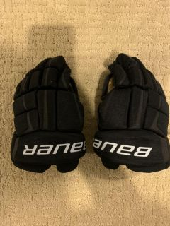 Bauer Hockey Gloves - Youth 8