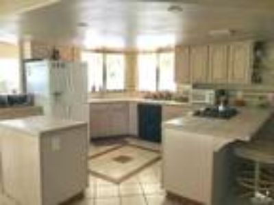 Palm Desert Two BR Two BA, Great upgrades throughout home.