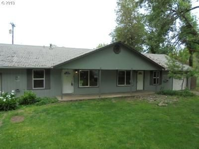 6 Bed 2 Bath Foreclosure Property in Roseburg, OR 97470 - SE Giles St