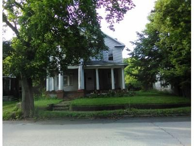 4 Bed 1 Bath Preforeclosure Property in Rockwood, PA 15557 - Main St